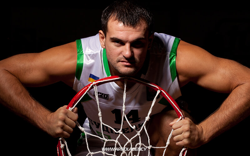 Mykhailo Anisimov. BC Budivelnyk photo shoot 2011-2012